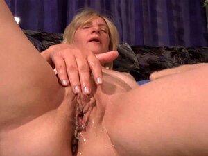 Madura Puta Alemã Se Masturbando Sua Vulva Porn