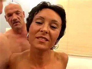 Mãe Magra, Eu Gostava De Foder Sexo Em Grupo. Porn