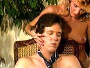 Ginger Lynn E Tom Byron Em Imbeceis Do Esperma Porn