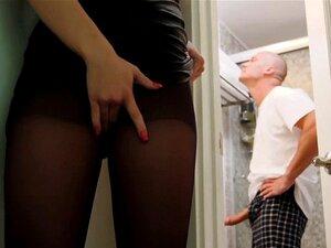 O Sean Bateu No Teen Khloes Wet Pussy De Diferentes Posições. Khloe Kapri Volta Para Casa Urgente Por Um Idiota Que Ela Não Pode Confiar Em Sua Sorte Em Descobrir Seans Dick Simplesmente Sentado Para Ela Foder, Mas Seans Fiel à Sua Melhor Metade Que Está  Porn