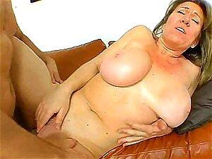 Sexo Anal Com Uma Mãe Loira Quente De Fumar Porn