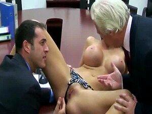 Peituda Europeu Bonecos Parafusos Aletta Ocean Chefe Dela Dentro De Um Escritório Porn