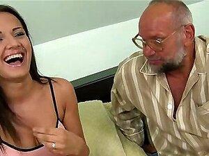 Gang Bang Caseiro Esposa Peituda Porn