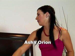 Louco Pornstar Ashli Orion Em Mais Quentes Do Colégio, Facial Cena Pornô, Ashli Orion é Um Modesto Morena, Que Teve Uma Paixão Por Sua Professora Por Algum Tempo, Mas Agora Que Ela Está De 18 Anos De Idade, Ela é Capaz De Cuidar Dele E Isto é, Quando Ela  Porn