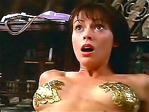 Filmstar Famoso Alyssa Milano Mostra As Tetas Lindas Na Cam Porn