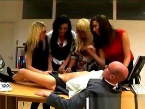 As Mulheres Trabalhadoras Da Cfnm Vingam-se Do Chefe., Porn