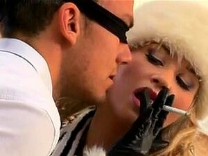 Sexo Quente Com Bambola, A Fumar Porn