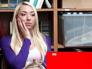 Jessica Jones No Processo N º 6262585 - Shoplyfter. Um Cliente Relatou A Oficial LP Do Seu Telefone Sendo Passado Na Loja. Câmeras De CCTV Apontam Para Um Suspeito Que Foi Encontrado E Apreendido. Ao Ser Questionado, O Suspeito Negou A Levar O Telefone, M Porn