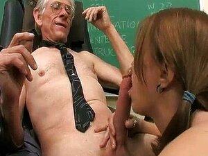 O Professor E Uma Aluna Novinha Porn