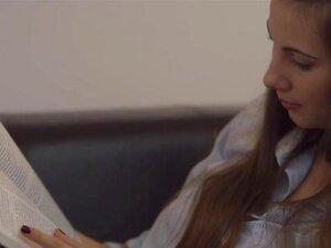 Den E Josephine - A Melhor Maneira Para Estudar, às Vezes, A Melhor Maneira De Estudar é Dar Um Tempo De Estudar. Den E Josephine Tem Estudado Por Algum Tempo E Parece Que é Hora De Dar Um Tempo. Josephine Acordou Com Tesão Então Estava Mais Do Que Pronta Porn
